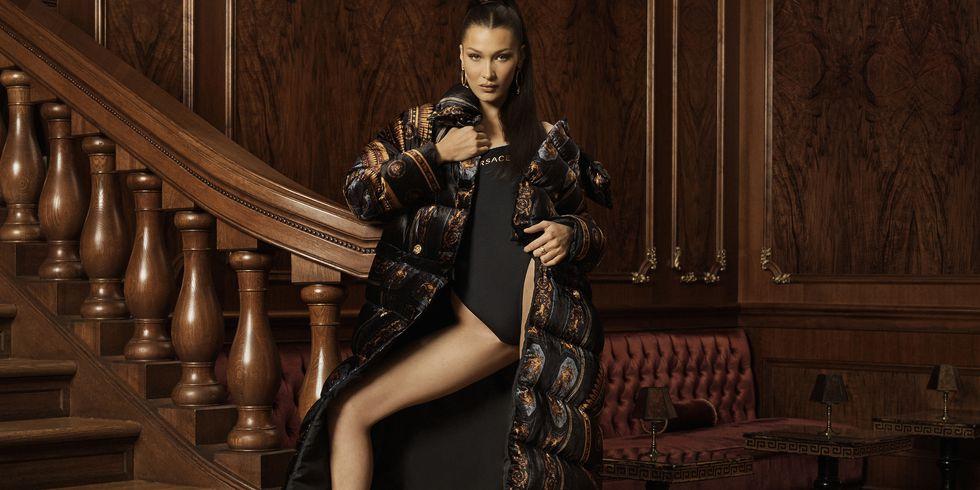 Bella Hadid Menjadi Wajah Baru Kampanye Kith x Versace