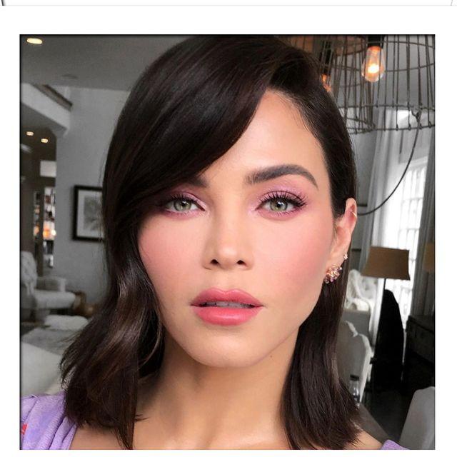 Lihat 13 Ide Makeup Mata Untuk Hari Valentine
