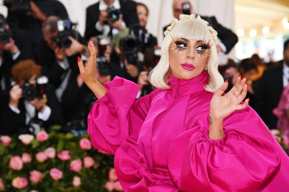 Seperti Apa Lini Makeup Lady Gaga yang Bernama Haus Beauty?