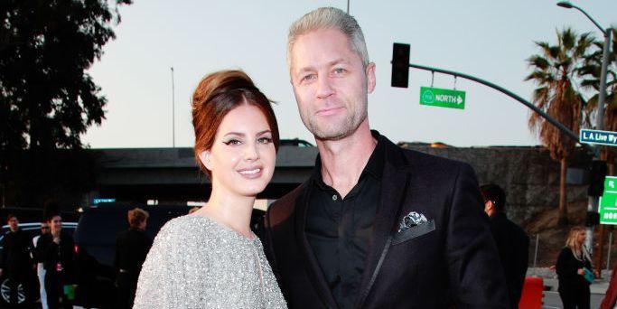 Lana Del Rey Mengajak Kekasihnya ke Grammy 2020