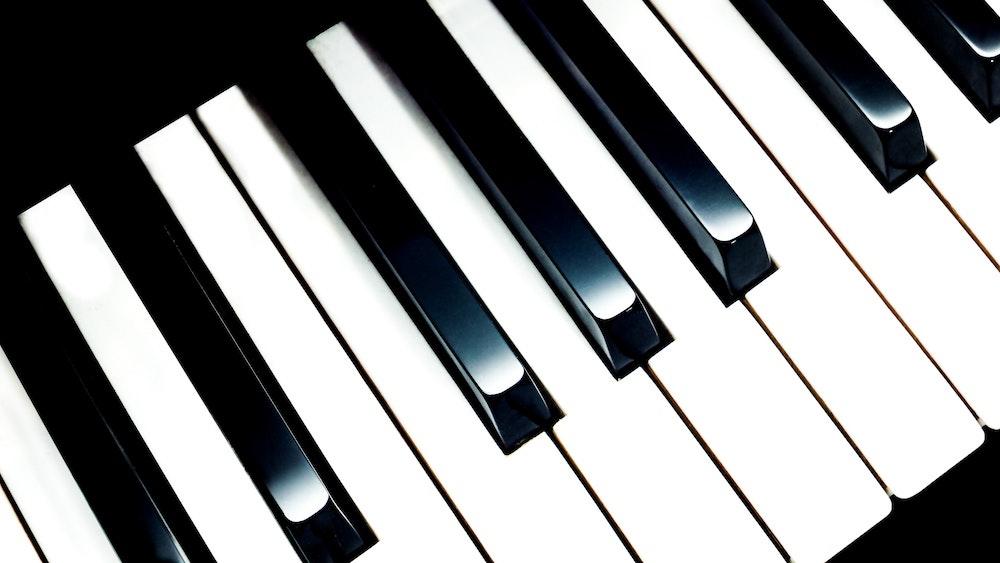 9 Musik Instrumental yang Memberikan Efek Ketenangan