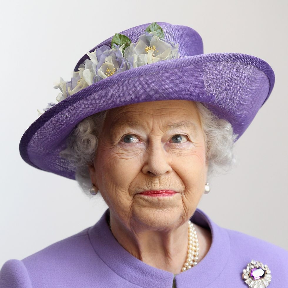 Ratu Elizabeth Lakukan Panggilan Zoom Untuk Carers Week