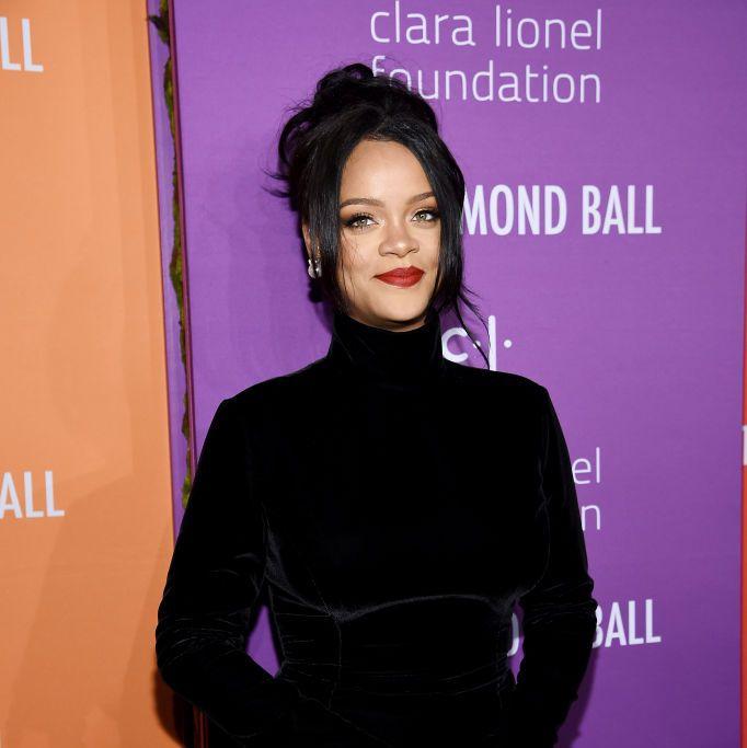 Rihanna Sumbang 5 Juta Dolar untuk Bantuan Atasi Covid-19