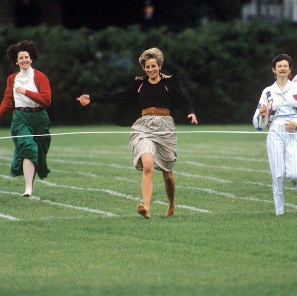 Lihat Putri Diana Berkompetisi di Perlombaan Hari Olahraga