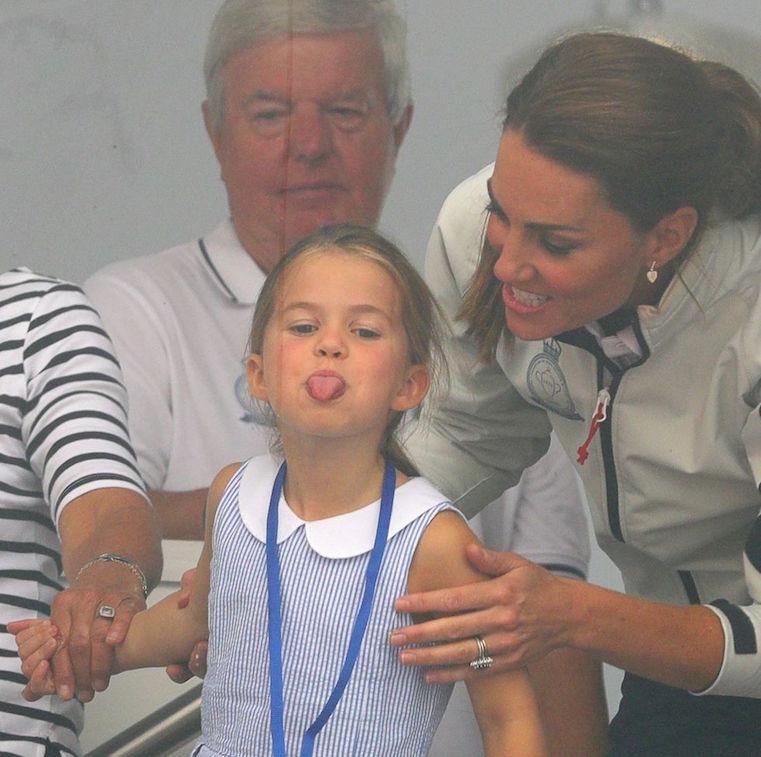 Putri Charlotte Menjulurkan Lidah, Inilah Reaksi Kate