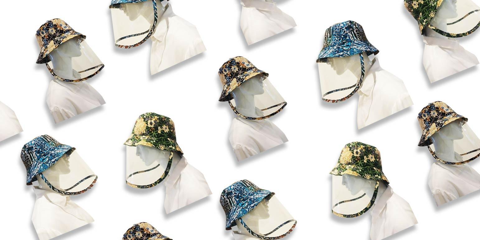 Lindungi Diri dengan Topi Anti Corona Lansiran Alleira Batik