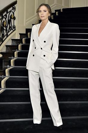 Victoria Beckham Tidak Memahami Dua Tren Fashion Ini