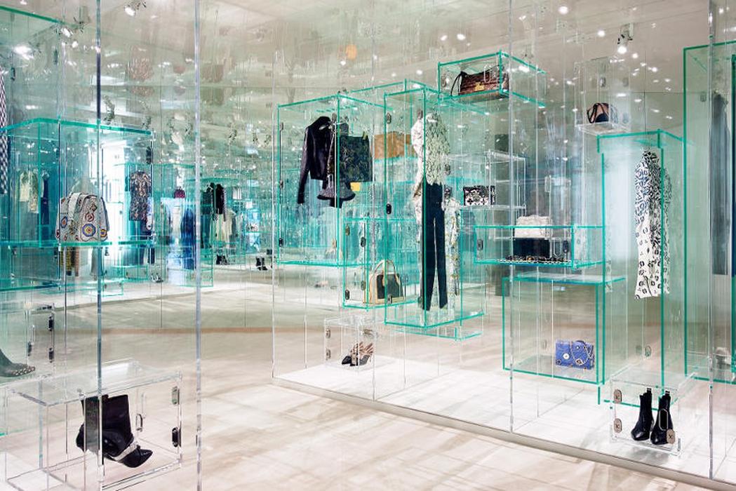 Ekshibisi Louis Vuitton Series 3 di London