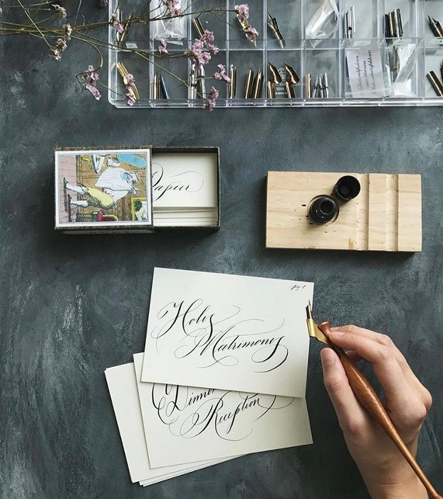 Kaligrafi Untuk Dekorasi Pernikahan