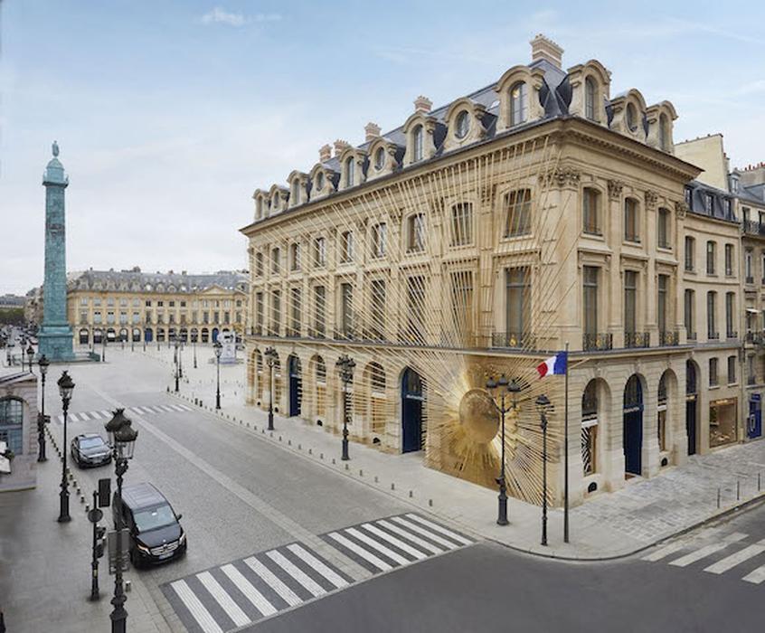Maison Louis Vuitton Vendôme Dibuka Kembali