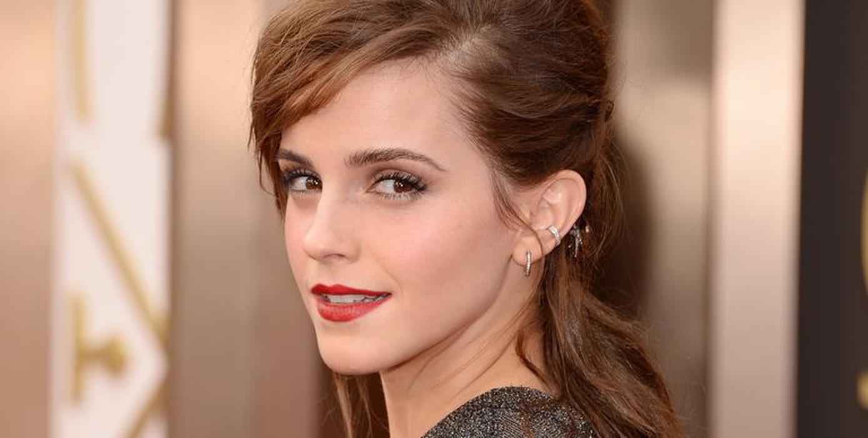 Emma Watson Terlihat Mencium Pria Misterius di London