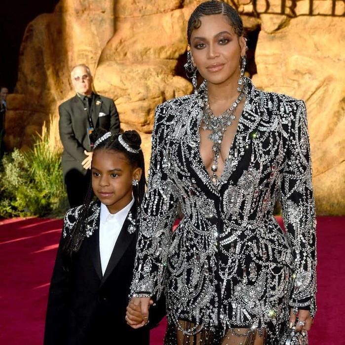 Rumi Carter Terlihat Sangat Mirip dengan sang Ibu, Beyoncé!
