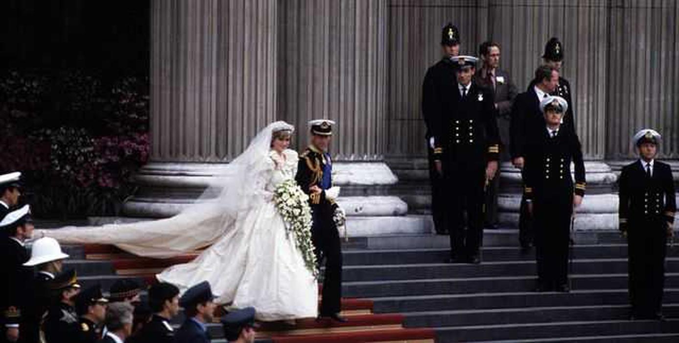 10 Fakta-Fakta Tentang Gaun Pernikahan Putri Diana yang Perlu Anda Ketahui