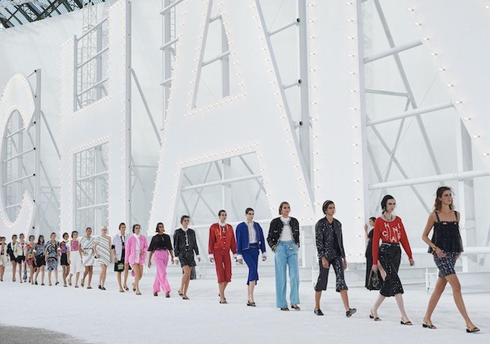 Film, Aktris, dan Warna Vibran di Koleksi Chanel Spring/Summer 2021