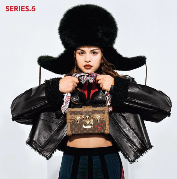 Selena Gomez Menjadi Wajah Baru Louis Vuitton