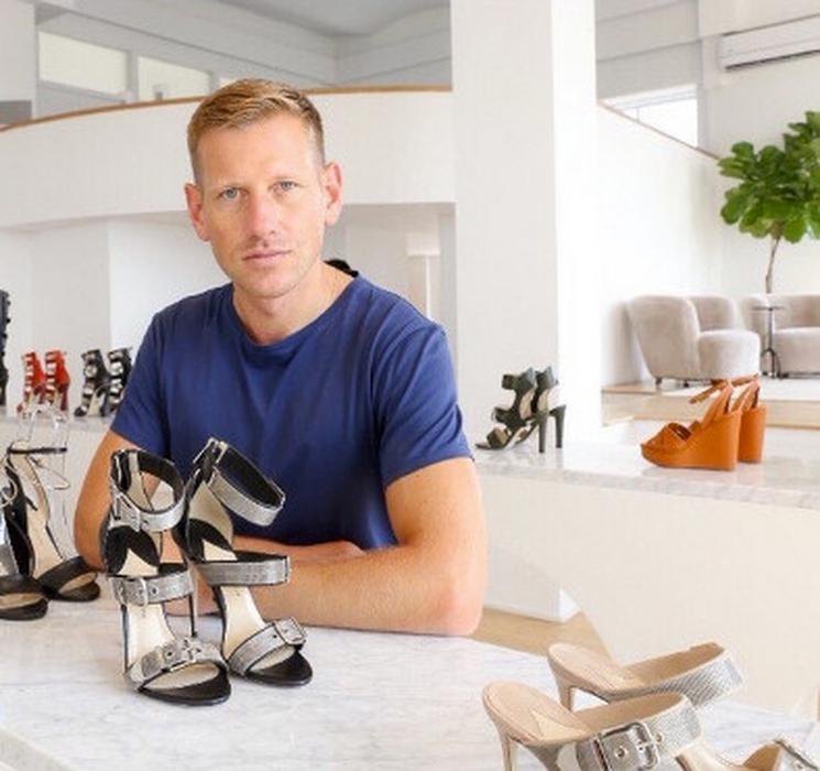 Pengarah Desain Footwear Terbaru Salvatore Ferragamo