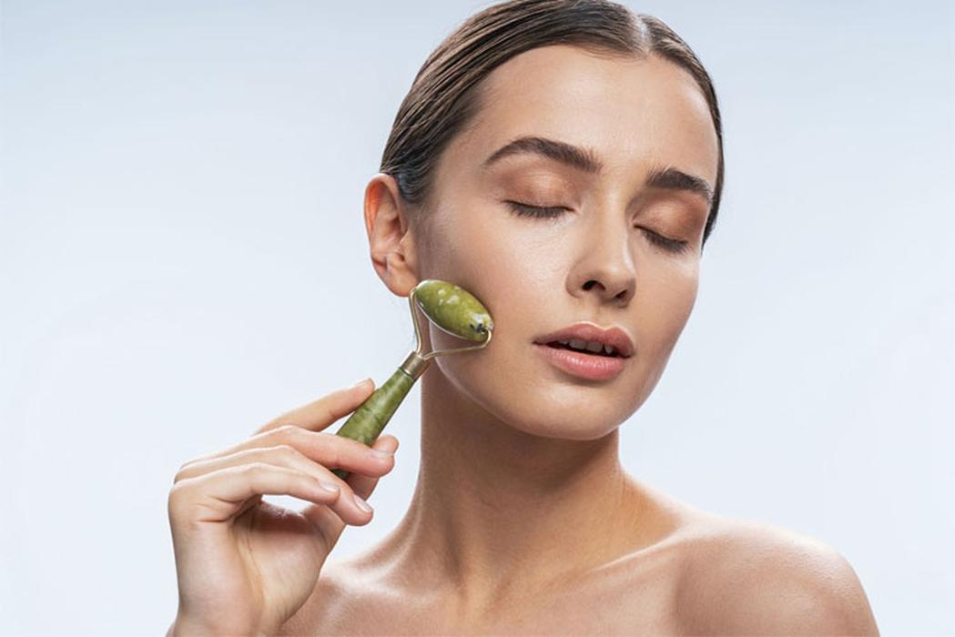 Ketahui Manfaat Face Roller untuk Kecantikan Wajah