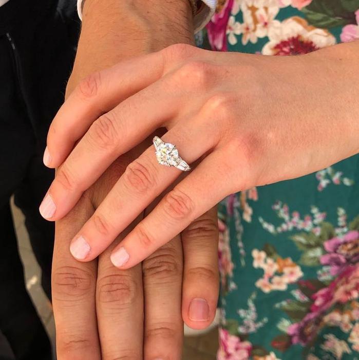 Intip Detail Cincin Tunangan dan Pernikahan Putri Beatrice