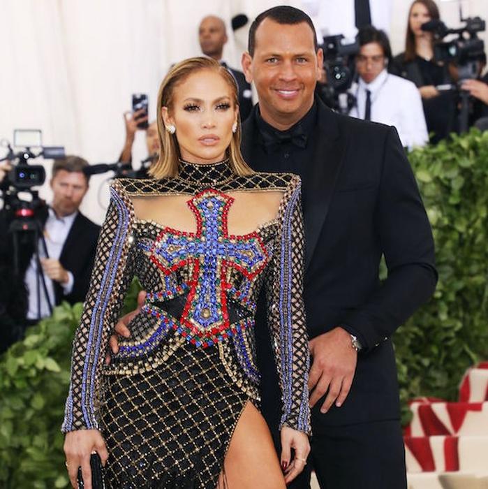 Jennifer Lopez Dan Alex Rodrigues Telah Bertunangan