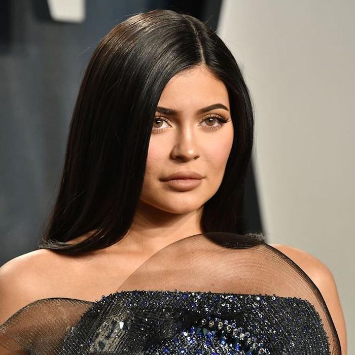 Kylie Jenner Telah Siap Dengan Langkah Social Distancing