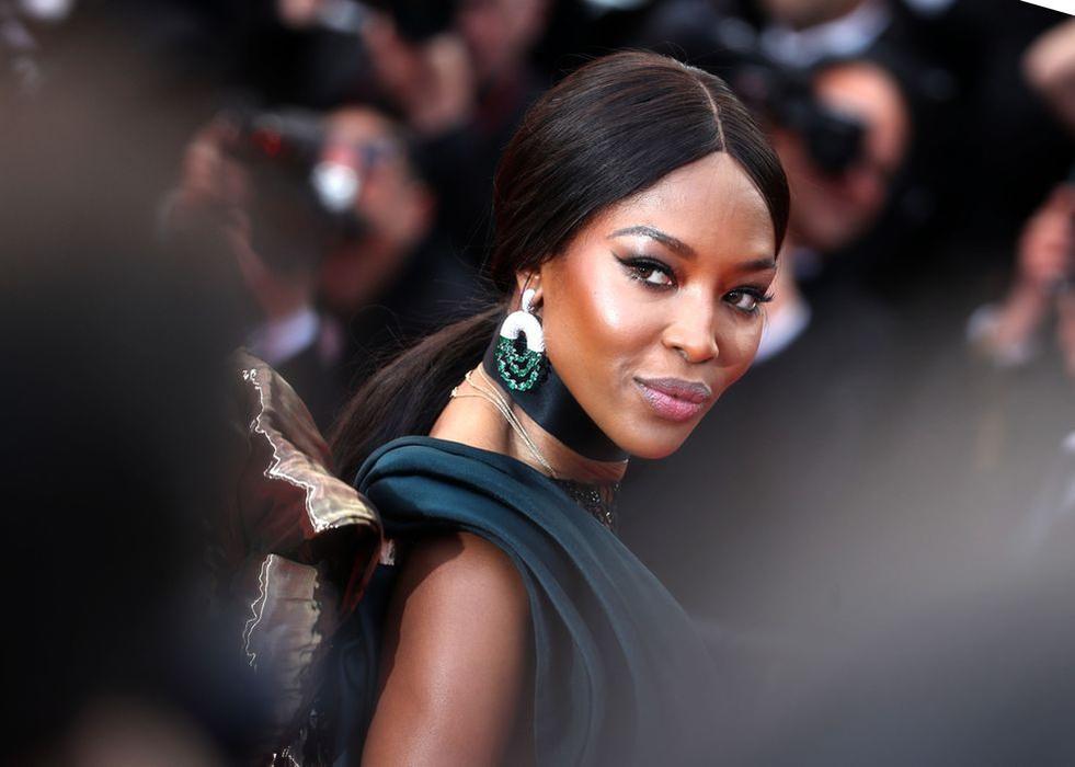 Naomi Campbell Membuka Digital Couture Week
