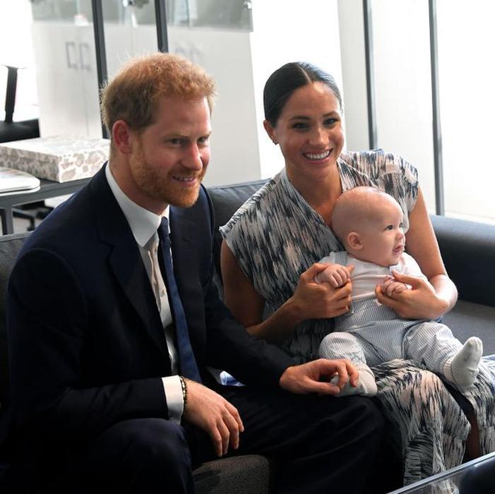 Archie Terlihat Mirip dengan Pangeran Harry Saat Masih Kecil