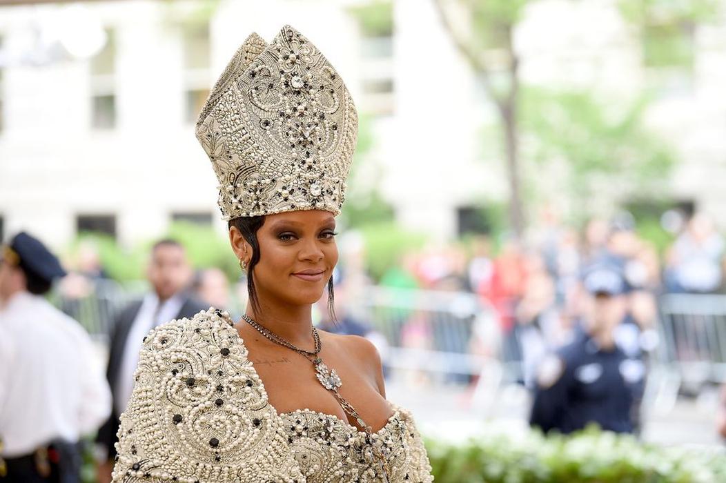 Mengapa Rihanna Tidak Hadir di Met Gala 2019?