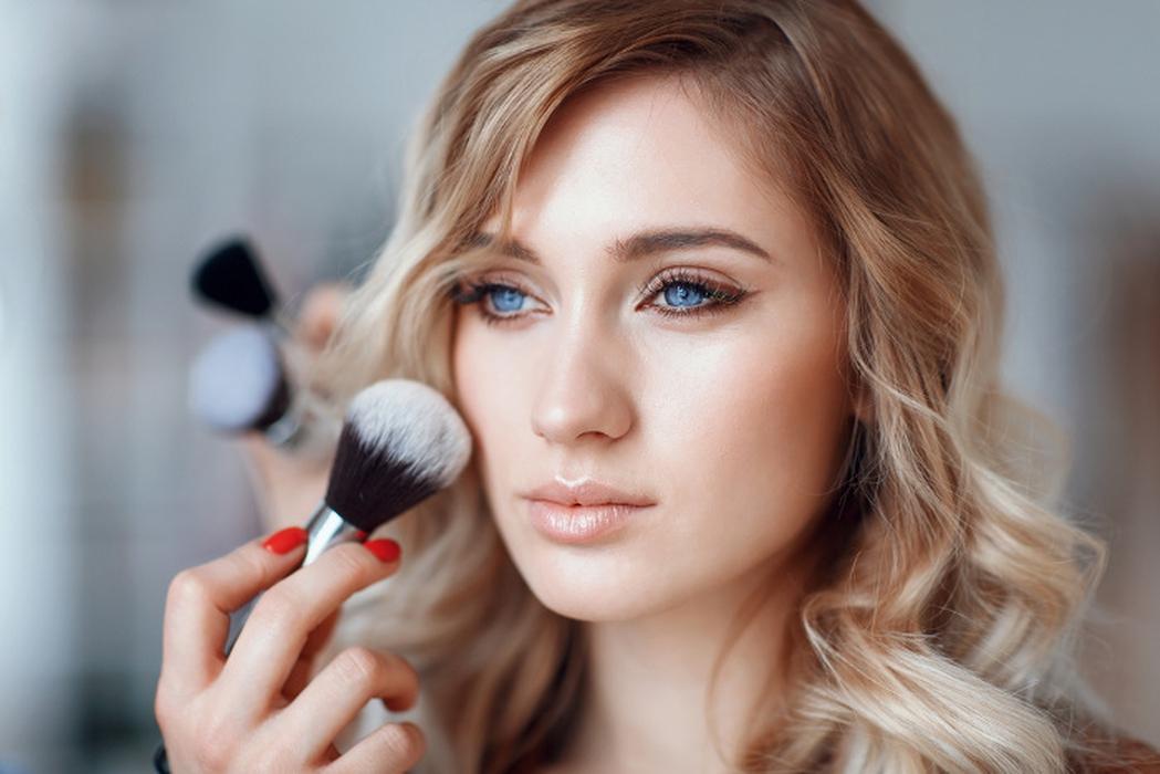 Tips Makeup ala Natasha Moor