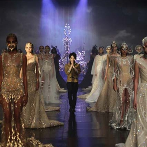 Show Couture Pertama Tex Saverio