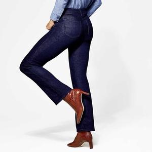 Cara Mencuci Celana Jeans dengan Benar, Bisa Pakai Tangan, Mesin Cuci, Atau Steam