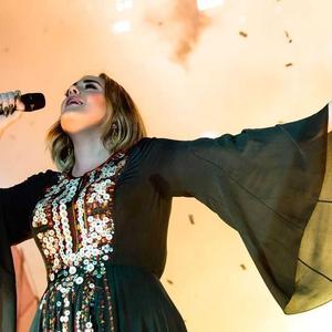 10 Fakta Kehadiran Adele di Panggung Saturday Night Live! Akhir Pekan Lalu