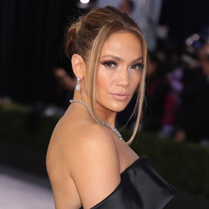 Intip Lagi Merek Kosmetik Milik Jennifer Lopez!