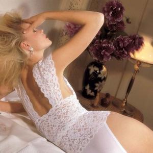 Cari Tahu Tips dalam Memilih Pakaian Dalam untuk Gaun Pernikahan Anda, Mulai dari Bustier hingga Suspender