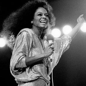 Simak Kehidupan Diana Ross yang Dirangkum dalam Koleksi Foto Berikut ini