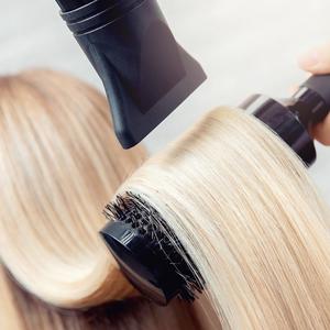 Ingin Cat Rambut Pirang atau Blonde? Ikuti Tips dari Ahlinya!