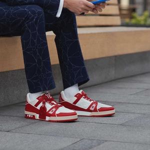 Louis Vuitton Rilis Sneakers Bersama Red dalam Rangka Mendukung Perjuangan Mengakhiri AIDS