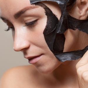 7 Hal yang Dapat Anda Lakukan untuk Menghilangkan Blackhead di Wajah