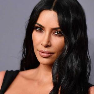 Selamat Ulang Tahun Ke-40 Tahun, Kim Kardashian: 40 Momen Yang Membentuk Sang Bintang Hingga Kini