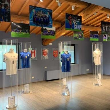 5 Hal Tentang Jersey Sepak Bola yang Perlu Anda Ketahui, Termasuk yang Paling Klasik, Termahal, hingga Terbaru
