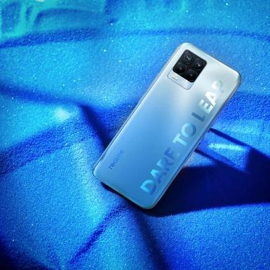 Realme 8 Pro Memadukan Dunia Fashion dan Teknologi dalam Wujud Smartphone
