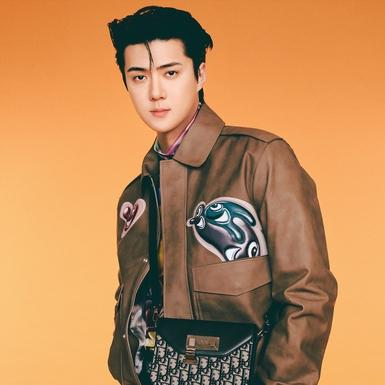 Sehun EXO Tampil Beda Mengenakan Busana dari Koleksi Dior Men Fall 2021