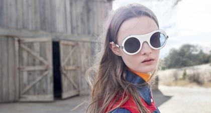 Koleksi Kacamata Calvin Klein Hadir dengan Desain Baru