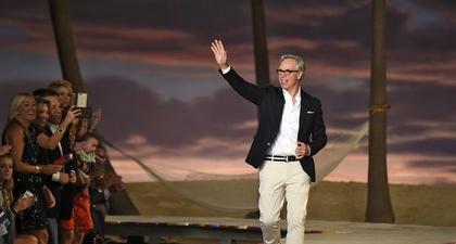 Tommy Hilfiger Akan Mendapatkan Penghargaan Kehormatan di Fashion Awards Tahun Ini