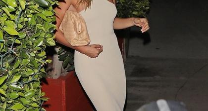 Kesempurnaan Hailey Bieber Menghabiskan Waktu di Santa Monica dengan Gaun Midi Nude