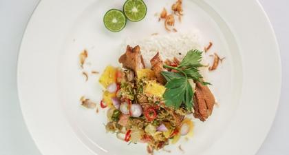 Table Talk: Restoran Fusion Indonesia yang Menyediakan Ambience Hangat dan Penuh Intimasi