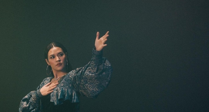 Raisa dengan Bangga Kenakan Batik dalam Music VideoTrust Again untuk Soundtrack Raya and The Last Dragon