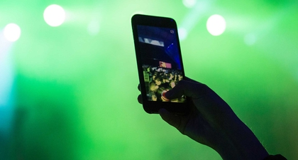 6 Rekomendasi Smartphone Terbaik untuk Mendengarkan Musik
