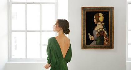 Victoria Beckham dan Karya Seni Senilai Puluhan Miliar