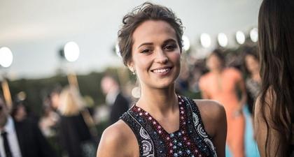 Alicia Vikander Berperan Sebagai Lara Croft