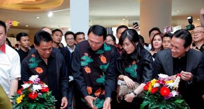 Gubernur DKI, Ahok Meresmikan Bazaar Art Jakarta 2016